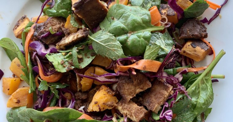 Thai Salad with Nutty Tempeh